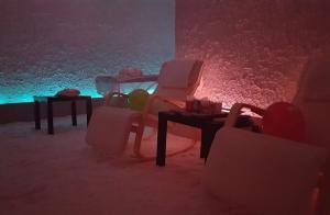 Sesión de relax: Haloterapia + Jacuzzi + Masaje por 49 €