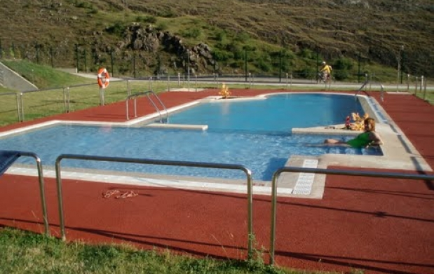 Entrada piscina pola y santa luc a de gord n adulto ni o for Piscina santa lucia